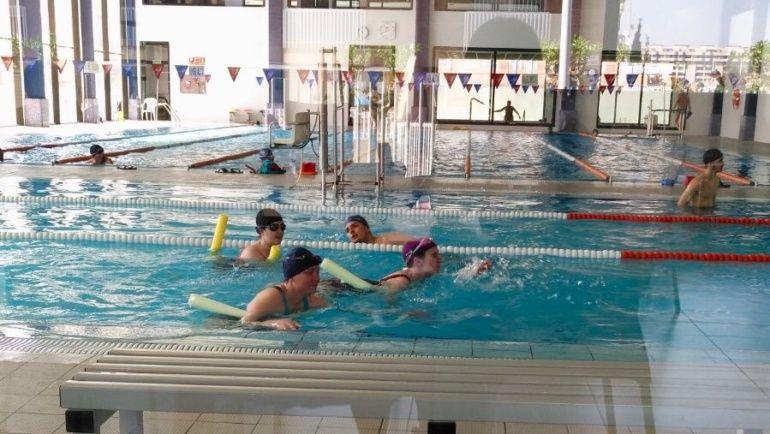 Mi primer día en la piscina